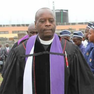Pastor Uniform